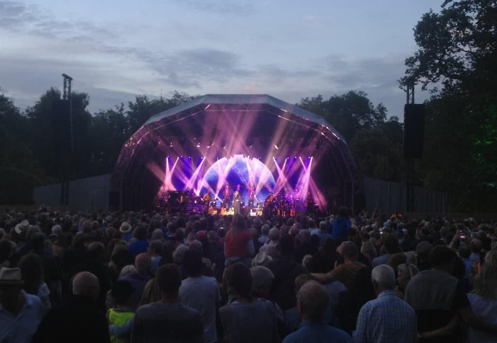 Larmer_tree_festival_tom_jones_2014_Stealth_led_screen_vortex_2a Vortex Events