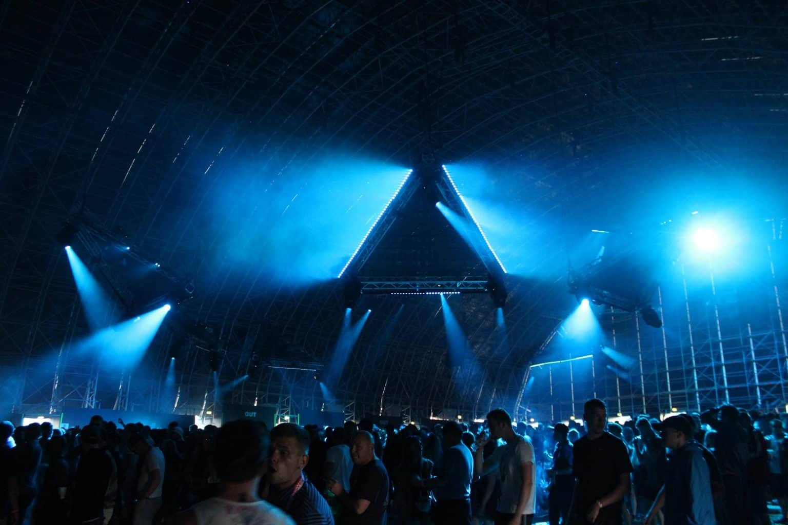 Creamfields 2016 Stealth LED Triangles Vortex Events