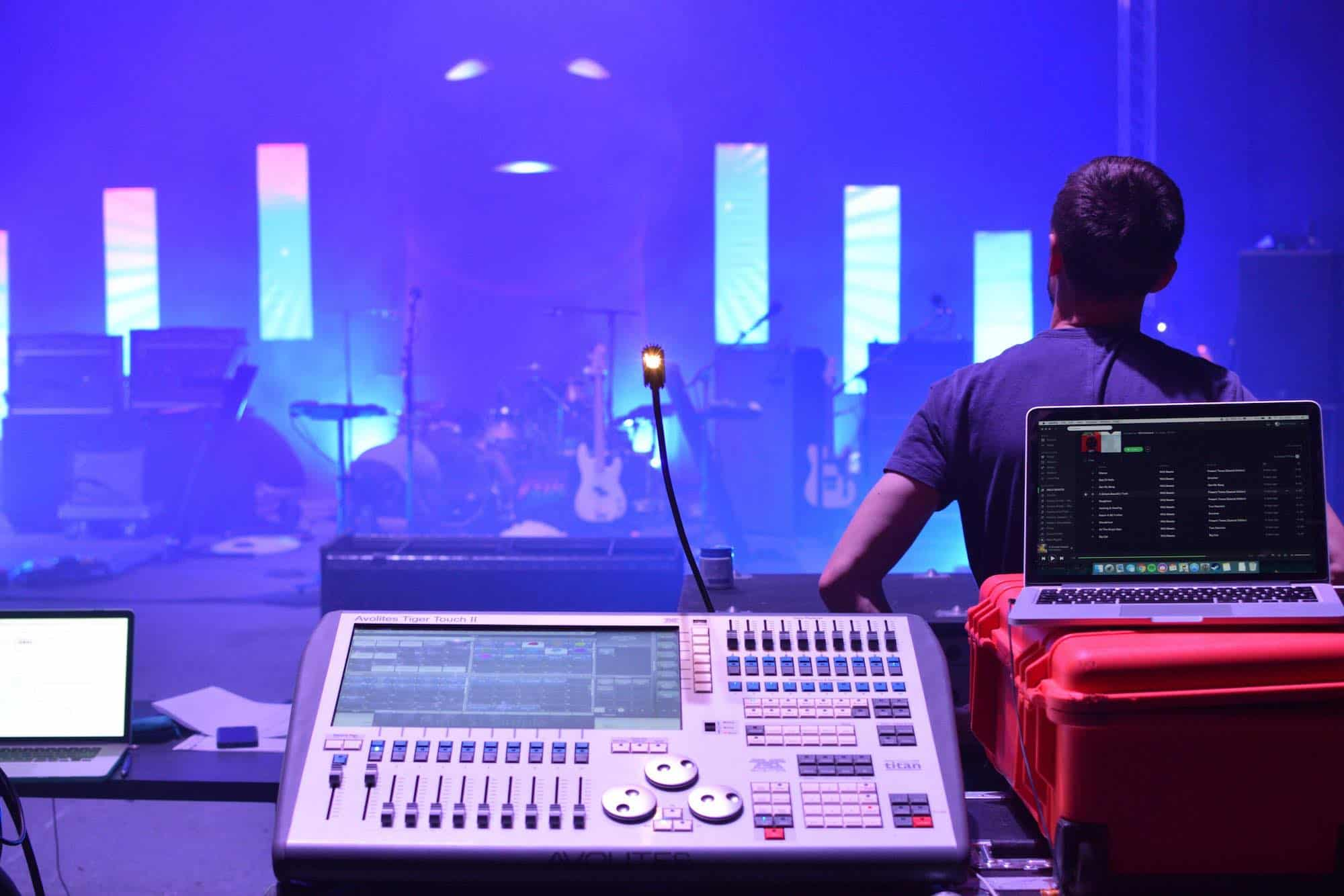 Hire Avolites Tiger Touch 2
