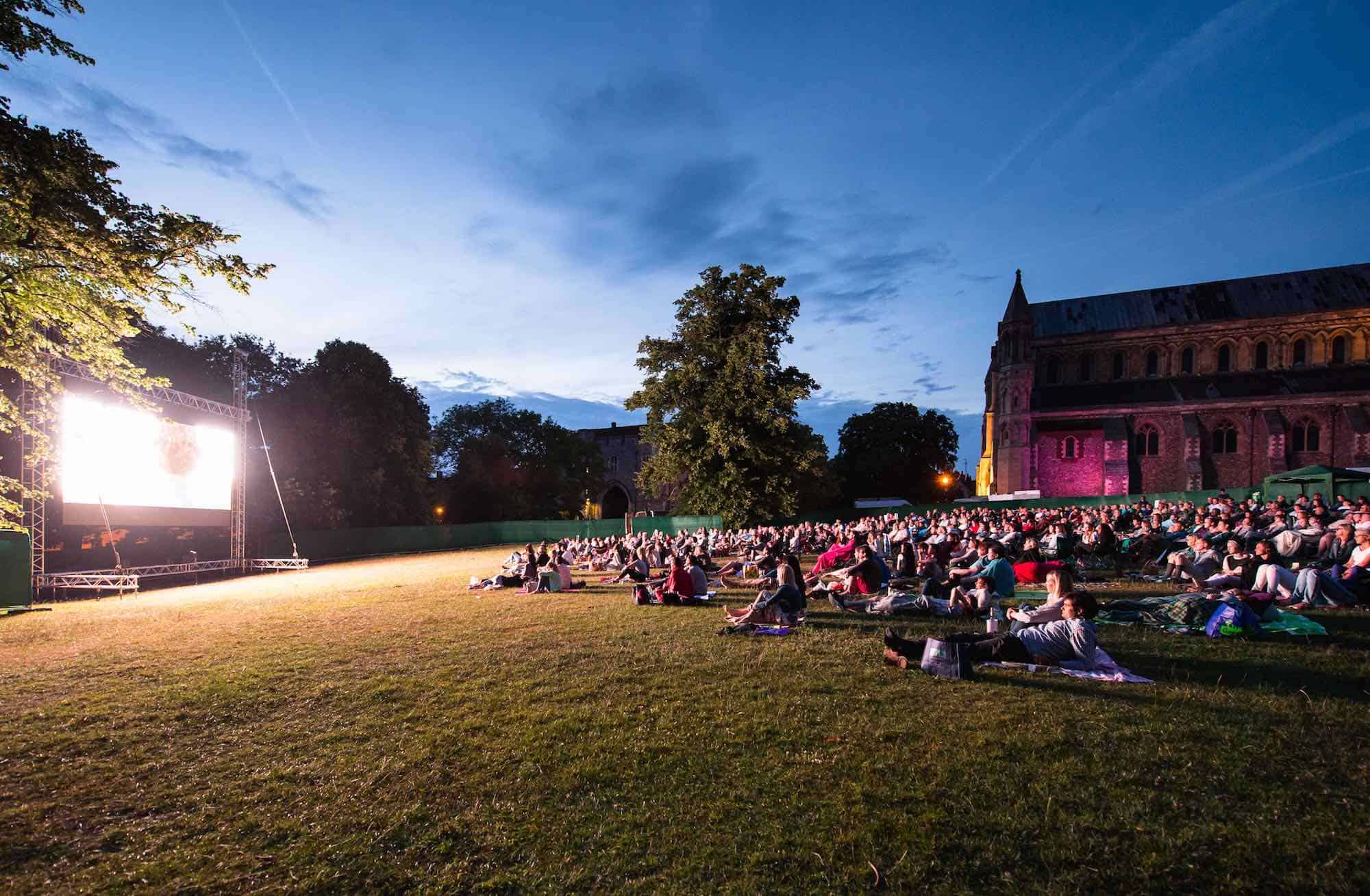 led screen hire for open air outdoor cinema film festival screening